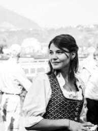 Una ragazza in costume al GP di Merano